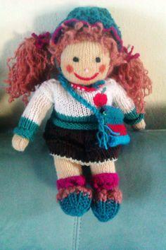 Ručne pletená bábika