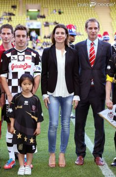 Charlotte and Andrea Casiraghi attend a charity soccer match - MYROYALS  FASHİON