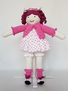 Crochet doll Alicja. Lalka zrobiona na szydełku Alicja. hand made dolls cotton crochet toy gift girl lalki szydełko zabawka ręczna praca ręczne robótki bawełna