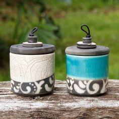 Décoration artisanale : boite en raku, comme bougie, sucrier. Artisanat de France