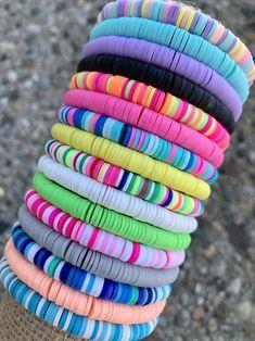 Preppy Bracelets, Beach Bracelets, Summer Bracelets, Cute Bracelets, Handmade Bracelets, Stacking Bracelets, Personalized Bracelets, Diy Crafts Jewelry, Bracelet Crafts