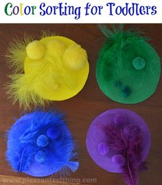 Color sorting game for toddlers: easy busy bag idea