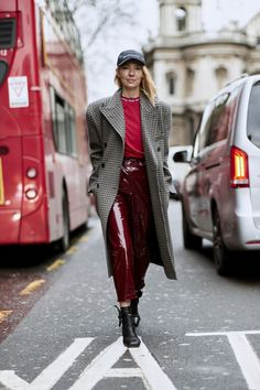 London Fashion Week Street Style Fall 2018 Day 5 Cont.