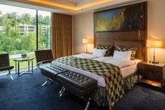 Historical ambiance meets the modernity of the Century. The elegant 104 rooms and suites offer an impressive view of the castle garden or Lake Wörthersee. 21st Century, Castle, Rooms, Elegant, Bed, Garden, Furniture, Home Decor, Modern Interior Decorating