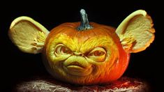Looks like Gizmo is becoming a Gremlin in this Villafane Studio masterpiece.