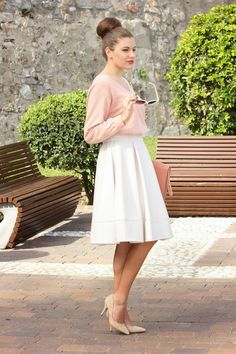 White midi skirt, blush pink top, nude heels