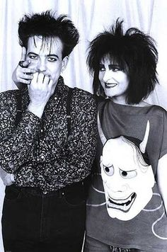 Robert Smith of The Cure and Suzie from Souixe and The Banshees.