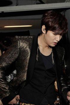 Lee Min Ho Hot Korean Guys, Korean Men, Asian Actors, Korean Actors, Korean Dramas, Legend Of Blue Sea, Man Lee, Lee Jong Suk, Korean Star