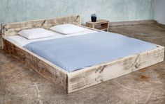Beds - timber bed Aix 160 x 200 cm - a designer product by FraaiBerlin at . - Beds – Lumber bed Aix 160 x 200 cm – a unique product by FraaiBerlin on DaWanda - Box Bed Frame, Diy King Bed Frame, Diy Bed, Pallet Ideas For Bedroom, Pallet Beds, Timber Beds, Oak Beds, Reclaimed Headboard, Homemade Beds