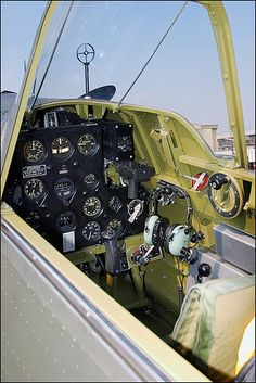 Curtiss H75-C1 (P-36 Hawk) Cockpit