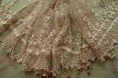 Dainty antique lace flounce