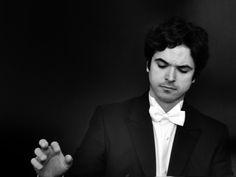 """Show integra projeto Quarta Clássica e acontece no Teatro Municipal de Niterói, onde o pianista realiza pré-estreia de seu segundo CD, """"Beethoven Sessions"""""""