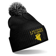 5 Seconds of Summer - 5SOS: Pom Pom Beanie i want it more than life!!!!