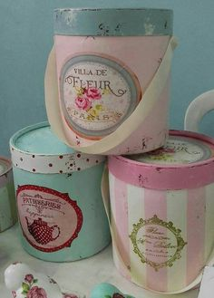 Canisters & cans jars etc arts crafts. Cajas Shabby Chic, Shabby Chic Pink, Shabby Chic Style, Shabby Vintage, Diy Crafts Videos, Diy And Crafts, Arts And Crafts, Decoupage Jars, Vintage Hat Boxes