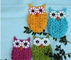 These cute little Crochet Crocodile Stitch Owls look fantastic. We've included FREE Patterns for you to try and also a FREE Owl Crochet Bag Pattern and more easy Crochet Owls!