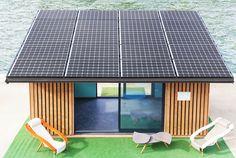 Construction design en bois couplé à une installation solaire photovoltaïque de dernière génération