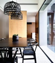 Awesome 41 Casual Minimalist Dining Room Design Ideas That You Should Try Minimalist Dining Room, Interior Design, House Interior, Dining Chairs, Home, Modern Dining, Melbourne House, Home Decor, Dining Room Inspiration