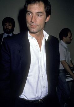 Actor Timothy Dalton on July 27 1987 arriving at the Carlyle Hotel in New York City New York Jane Eyre 1983, Timothy Dalton, Roger Moore, Sean Connery, Good Looking Men, James Bond, Gorgeous Men, Actors & Actresses, How To Look Better