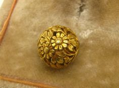 Antique 19th C. Japanese 14K Gold Ojime Bead Flowers & Leaves  # 10  Netsuke 10.5 MM IN DIAMETER..WEIGHS 1.7 GRAMS Tested 12k-14k Sold 5/26/16 eBay $819.00