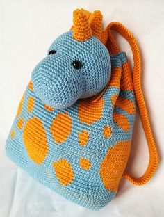 Dino backpack pattern by Maria Isabel Crochet For Kids, Crochet Baby, Free Crochet, Crochet Backpack, Backpack Pattern, Knitting Patterns Free, Baby Knitting, Crochet Patterns, Bralette Pattern