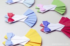 Origami Sailor Moon Dress Tutorial is part of Paper crafts Anime - In this tutorial I'll show you how to make an origami sailor moon dress, which can be used on a card, hung up as a decoration, or as an outfit for an origami doll Sailor Moon Party, Sailor Moon Birthday, Sailor Moon Dress, Sailor Moon Crafts, Sailor Moon Wedding, Origami Bow, Origami Dress, Origami Dragon, Origami Fish