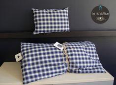 Edredon, couvre-lit, courtepointe, couette, dessus de lit en coton bleu et blanc  avec coussin décoratif de la boutique LeNiddAlice sur Etsy