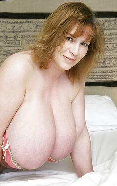 pendulous breasts