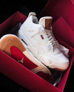 Levi's x Air Jordan 4 Denim White Cool Jordans, Air Jordans, Mel Shoes, Sneakers Fashion, Shoes Sneakers, Supra Shoes, Aesthetic Shoes, Shoe Company, Air Jordan Shoes