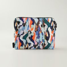 A Chic, Artistic Way to Carry Your Laptop