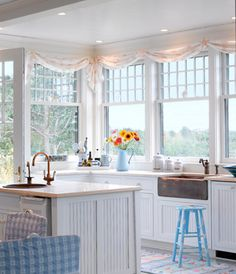 Dreamy Seaside Cottage This is so bright and cheerful. Love the contrast of the rustic sink against the crisp white. This is so bright and cheerful. Love the contrast of the rustic sink against the crisp white. Beach Cottage Kitchens, Beach Cottage Style, Beach Cottage Decor, Coastal Decor, Home Kitchens, Coastal Style, Coastal Cottage, Bright Kitchens, Modern Coastal
