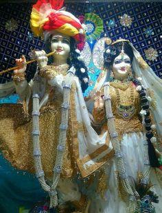 Laddu Gopal, Krishna Radha, Sai Ram, Indian Gods, Buddhism, Beautiful Landscapes, Spirituality, Crafts, Peace