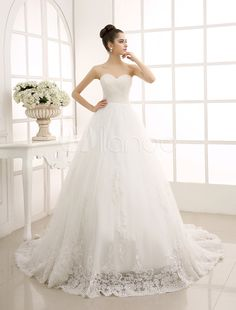 Luxury Beautiful Train Victorian Lace Wedding Dresses with Cap ...