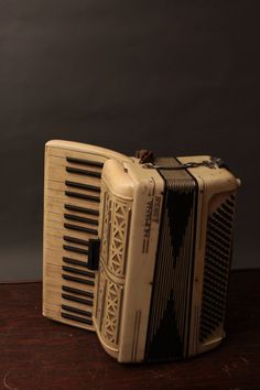 Vintage Numana by Frontalini Accordion (Castelfidardo)