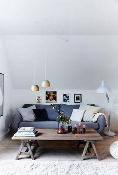 Une chambre refuge sous les combles au Danemark | PLANETE DECO a homes world