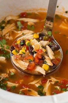 Slow Cooker Chicken Tortilla Soup come with 7 Weight Watchers SmartPoints Ingredients : 1 pound shredded, cooked chicken 1 ounce) can whole peeled tomatoes, mashed 1 ounce) can enchilada sauce 1 medium onion, chopped 1 ounce) can chopped Slow Cooker Huhn, Slow Cooker Recipes, Crockpot Recipes, Cooking Recipes, Healthy Recipes, Slow Cooker Tortilla Soup, Easy Recipes, Delicious Recipes, Cooking Ideas