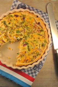 Dutch Recipes, Beef Recipes, Vegetarian Recipes, Onion Quiche Recipe, Vegetarian Quiche, Galette Recipe, Oven Dishes, Quiche Lorraine, Breakfast Dishes