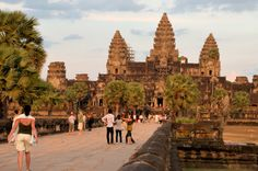 Cambodia to Vietnam – A Journey through World's Heritages 16D15N  Duration: 16 days 15 nights | Departure: Siem Reap  'Viet Nam',Cambodia,'Halong Bay',Siem Reap,Phnom Penh,'HA NOI','Hue','Hoi An','Ho Chi Minh','Mekong Delta'  16 days of traveling through the most visited destinations in Cambodia and Vietnam with a great variety of sightseeing and activities.