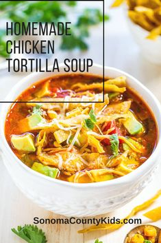 Slow Cooker Chicken Tortilla Soup is the best healthy Crock-Pot soup recipe that is quick and easy to make. This authentic Mexican tortilla soup recipe is topped with tortilla chips and creamy avocado for an easy weeknight dinner. Authentic Chicken Tortilla Soup, Mexican Tortilla Soup, Healthy Chicken Tortilla Soup, Chicken Taco Soup, Tortilla Chips, Easy Tortilla Soup, Chicken Soup Recipes, Healthy Soup, Crockpot