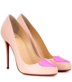 CHRISTIAN LOUBOUTIN Doracora 100 Patent Leather Pumps. #christianlouboutin #shoes #pumps