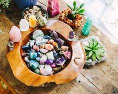 #soulmakes teak wood bowl & crystals