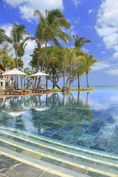 Hilton Mauritus Resort ~ Infinity Pool