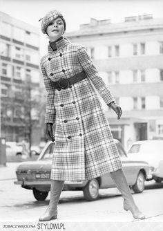 Moda w czasach PRL-u nie była nudna! - Moda w Onet na Stylowi.pl Vintage Outfits, Vintage Fashion, Fashion Outfits, Womens Fashion, Retro Vintage, Vintage Jewelry, Vogue, Poland, Clothes