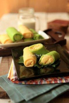Resep Dadar Gulung Pandan & Vanilla Isi Cream Custard JTT