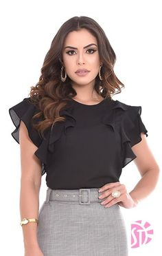 Image gallery – Page 320740804709110844 – Artofit Blouse Styles, Blouse Designs, Kurti Sleeves Design, Work Attire, Dress Patterns, Blouses For Women, Fashion Dresses, Womens Fashion, Clothes