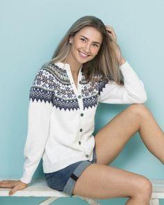 no - Viking - fryd-kofta Norwegian Knitting, Cardigan Design, Icelandic Sweaters, Fair Isle Pattern, Fair Isle Knitting, Sweater Knitting Patterns, Knit Jacket, Cardigans For Women, Pullover