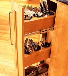 This makes a ton of sense for silverware... or put one next to the stove for cooking utensil storage. www.jaxremodelers.com https://www.facebook.com/pages/Master-Remodelers-Council/378385085616202?ref=hl