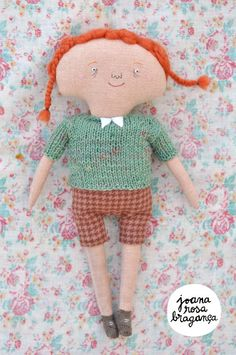 Soft Sculpture // One-of-a-kind // Red haired girl // Amélia. €125.00, via Etsy.