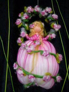 Dornröschen Mobile,waldorfart von Sandras Wunderland auf DaWanda.com
