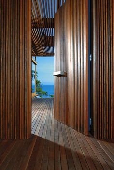 That Floor!! Those walls! That door! <3 Tropical rainforest retreat on Bedarra Island
