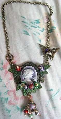 Pretty cameo necklace using B'sue Boutiques bits by artist, Audrey Belanger.